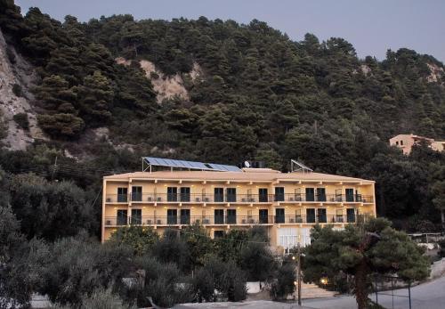 . Glyfada Beach Hotel