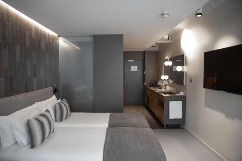 Superior Double Room Ohla Eixample 5