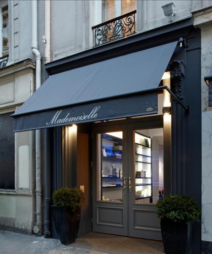Hotel Mademoiselle photo 12