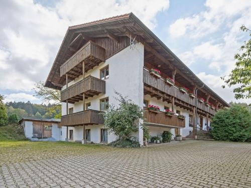 Apartment in the heart of the Bavarian Forest with balcony and a lovely view - Neukirchen beim Heiligen Blut