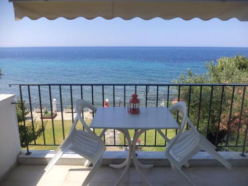. Alexiadis Apartments