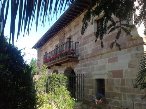 . Casona De La Salceda