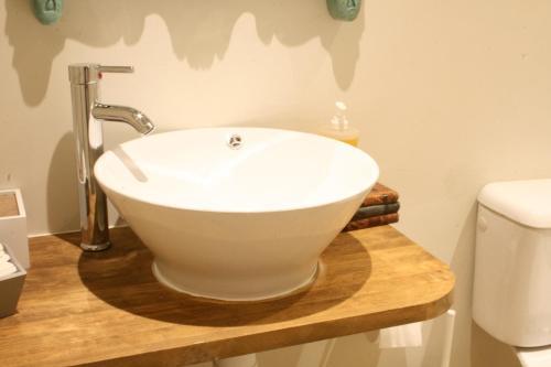Single Room with Private Bathroom Ca's Papà 6