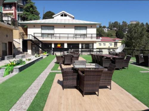 The Opulent Resort