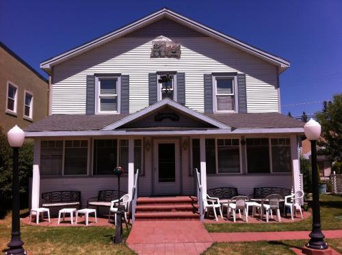 Pullman House Inn, Plumas