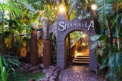 Shangri-La Country Hotel & Spa
