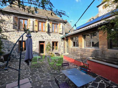 La Maison Hôtel & Gîte - Hotel - Laguiole