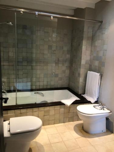 Standard  Room Hotel Castell d'Emporda 4