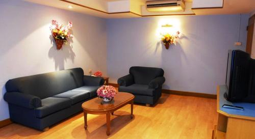 Silom Village Inn photo 16