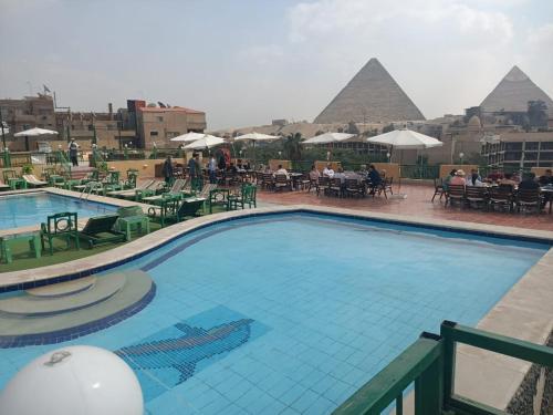New Regency Pyramids View Hotel