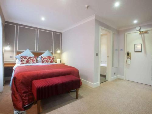 London Chigwell Prince Regent Hotel, BW Signature Collection - Photo 5 of 60