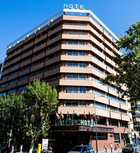 . Hotel Condestable Iranzo