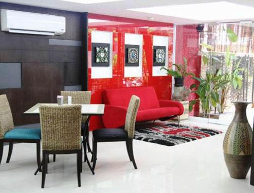 Oasis Inn Bangkok photo 11
