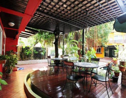 Oasis Inn Bangkok photo 14