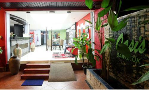 Oasis Inn Bangkok photo 22