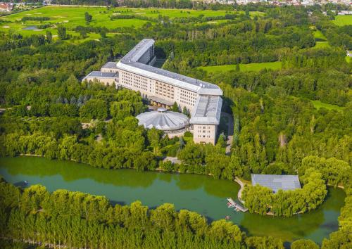 Swissôtel Wellness Resort Alatau Almaty - Hotel