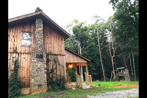 Dal's Place- Private 10 acre Estate, Pets Welcome - Ellijay