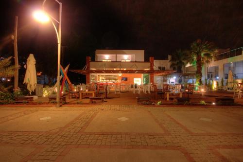Ortakent Meggs Bodrum Beach Restaurant & Hotel fiyat