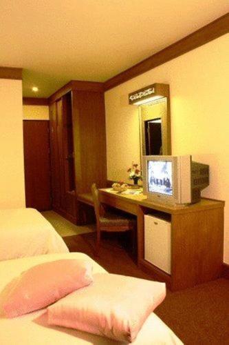 Bangkok Sahara Hotel photo 19