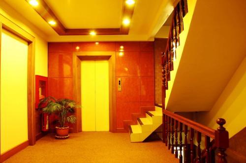 Bangkok Sahara Hotel photo 24