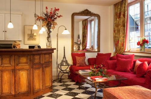 New Orient Hotel photo 5