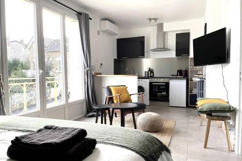 Superbe appartement avec parking gratuit sur place - Location saisonnière - Brive-la-Gaillarde