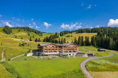 Brunelle Seiser Alm Lodge - Hotel - Alpe di Siusi/Seiser Alm