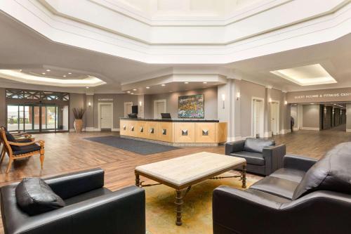 Royal Hotel Calgary, Trademark Collection by Wyndham - Calgary
