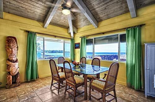 Ocean Front Single Family Home For 8 - Kailua Kona, HI 96740