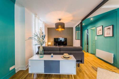 LESTANG #2 - Appartement Contemporain - 1 Chambre - Location saisonnière - Brive-la-Gaillarde
