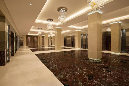 Hilton Capital Grand Abu Dhabi photo 20