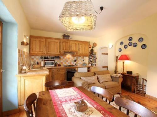 Appartement Briançon, 3 pièces, 4 personnes - FR-1-330C-68 - Apartment - Briançon