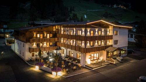 first mountain Hotel Ötztal - Längenfeld
