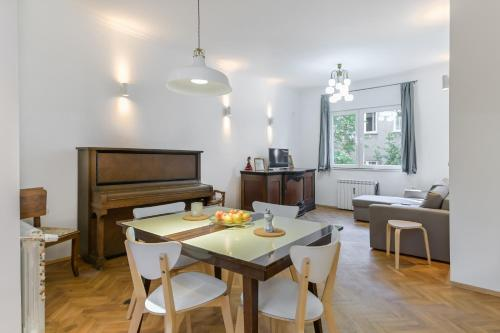 Bright Apartments in the Heart of the City