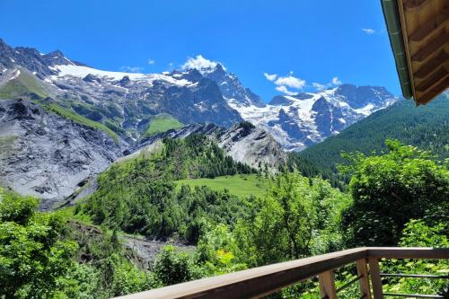 Chalet l'ecrin - New Chalet 6 pers with panoramic view of the Meije - La Grave