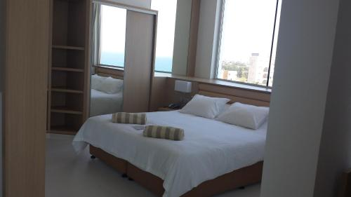 Suite com 1 Quarto e Vista Mar  (One-Bedroom Suite with Sea View)