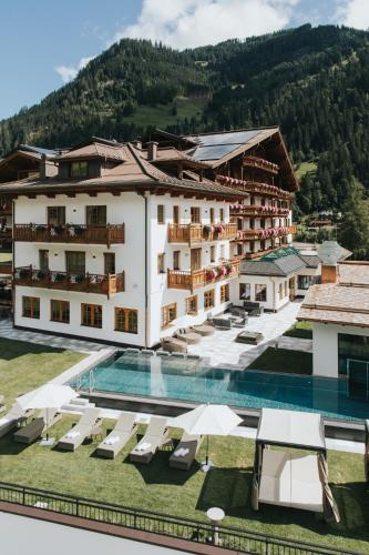 Hotel Tauernhof - Großarl