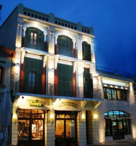 . Astoria Hotel Traditional
