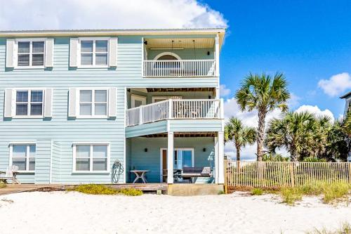 Jenny Lind East by Meyer Vacation Rentals