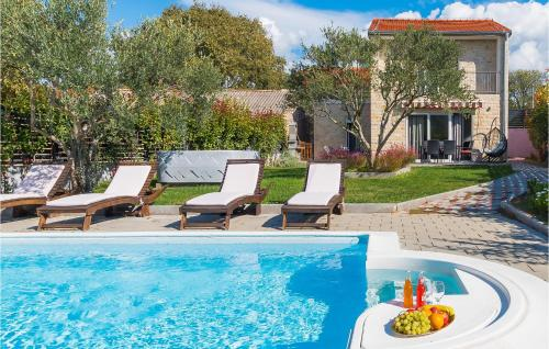 Two-Bedroom Holiday Home in Sibenik