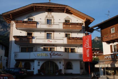 Hotel Flora Wolkenstein-Selva Gardena