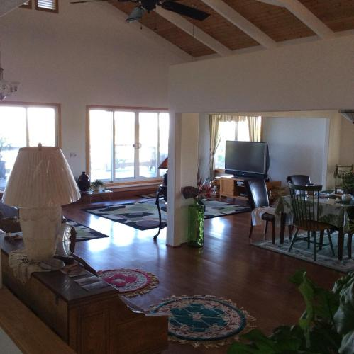 Cozy Corner - Kailua Kona, HI 96740