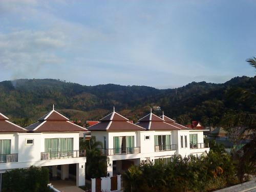Kamala Luxury villa กมลา ลักซูรี่ วิลล่า