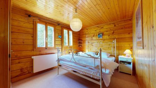 Apartment in a chalet in Evolène, family friendly and cosy. - Evolène