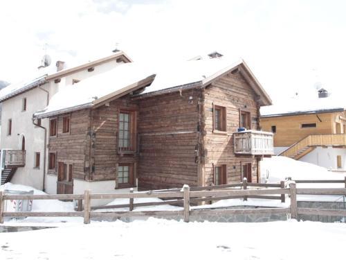 Modern Holiday Home in Livigno Italy near Ski Area - Chalet - Livigno