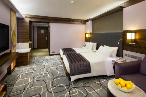 New World Millennium Hong Kong Hotel photo 7