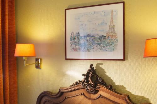 New Orient Hotel photo 18