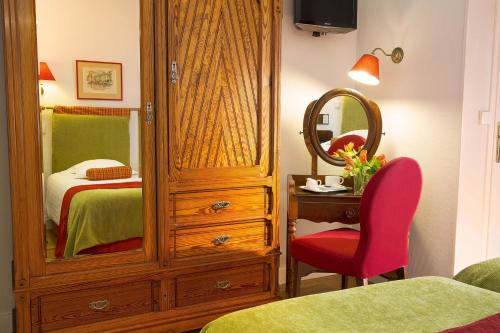 New Orient Hotel photo 23