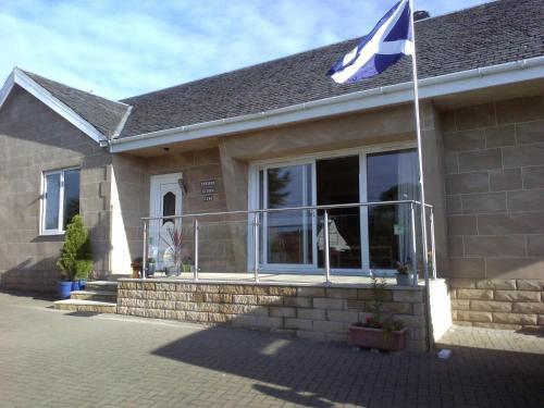 Azalea House, Mollinburn