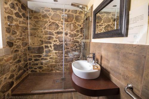 Doppel- oder Zweibettzimmer - Einzelnutzung Hotel Rustico Lugar Do Cotariño 73